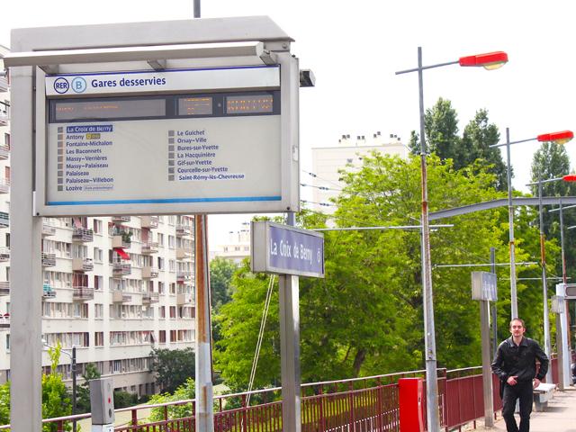 RER B La Croix de Berny